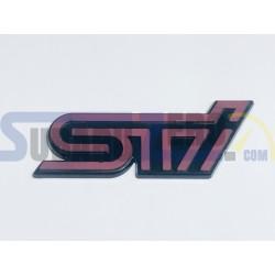 Emblema porton trasero STI rosa apagado - Subaru